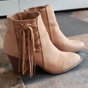 Brand new tan ankle booties